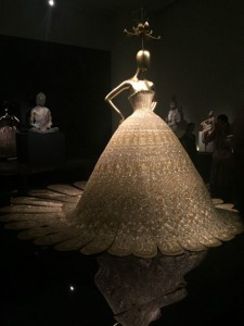 China at the Costume Institute, Zang Toi at NYFW