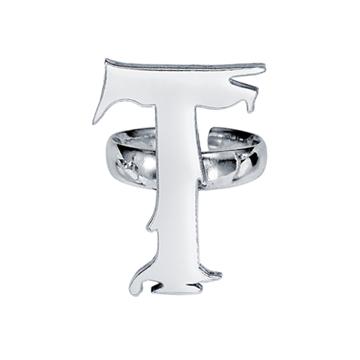 """""""T"""" ring."""