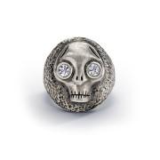 Chunky Juana skull ring.