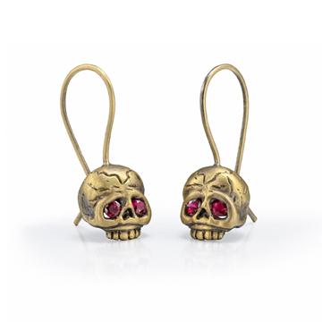 Memento Mori skull earrings with rubies.