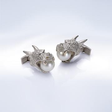 Empress Wu cufflinks.