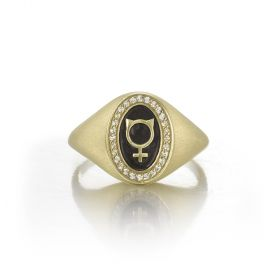Pinkie Signet Ring for Rebel Women - Venus with Cat Ears