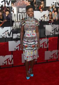 """Lupita Wins My """"Dress I Want Award"""" for the MTV Movie Awards"""