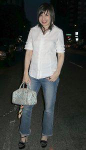 What Wendy Wore: Not-So-Crisp White Shirt